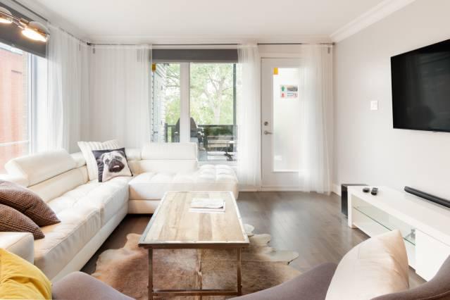 airbnb montreal little burgundy loft