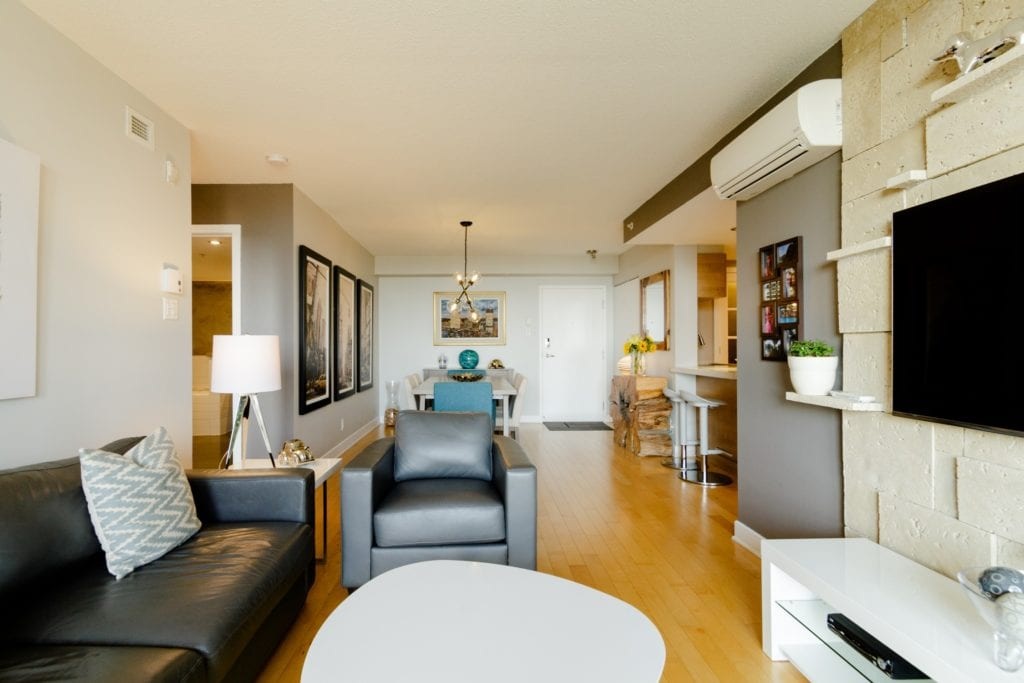 Airbnb montreal downtown loft