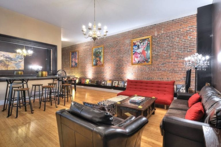 airbnb 4 bedroom montreal