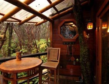 airbnb hawaii custom treehouse
