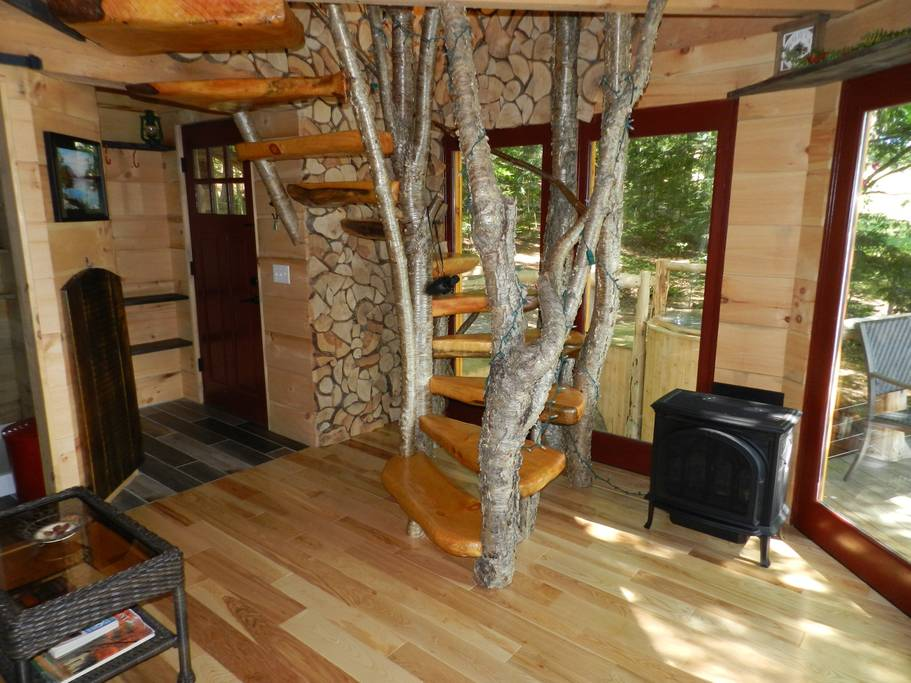 Walker Pond Treehouse
