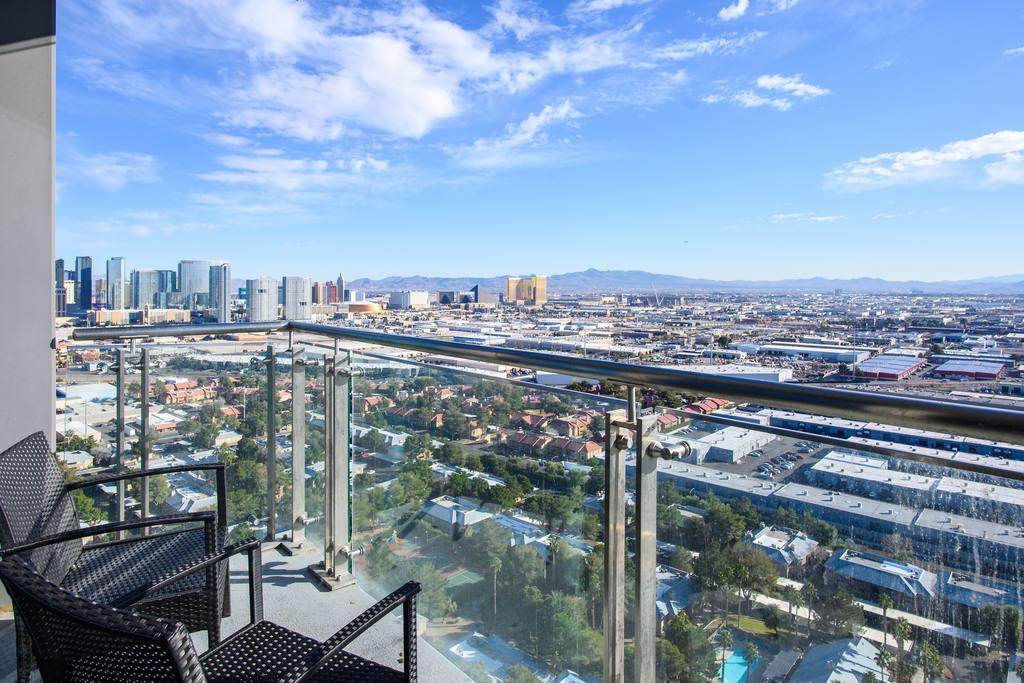 29th floor las vegas appartment