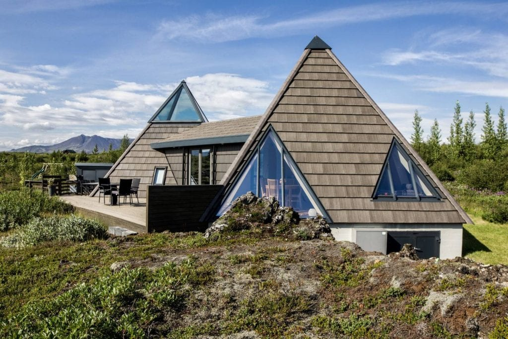Airbnb Iceland geysir cottage