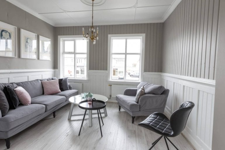 luxury house iceland airbnb