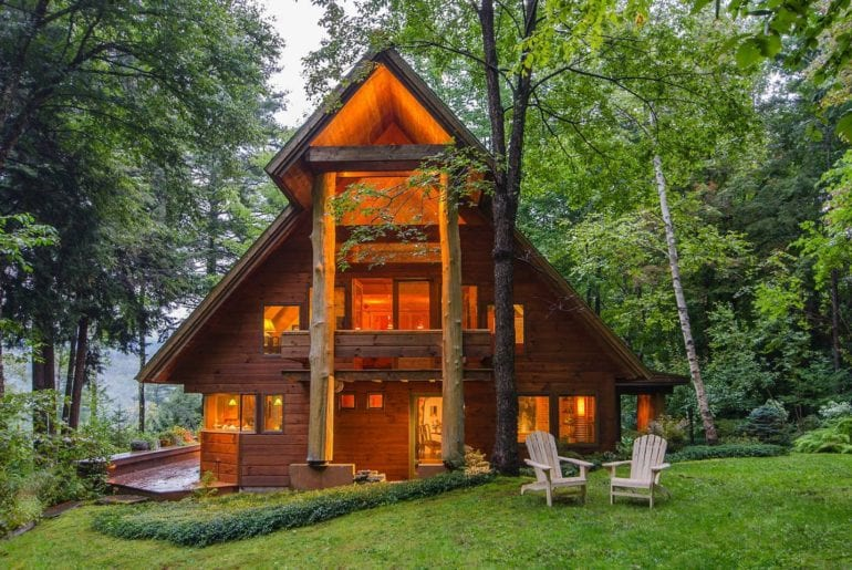 airbnb vermont skiing lodge home