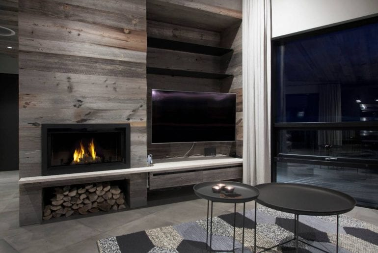 modern lodge Airbnb Iceland