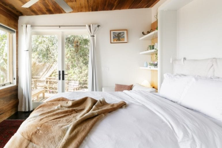 hollywood hills rustic bungalow airbnb la