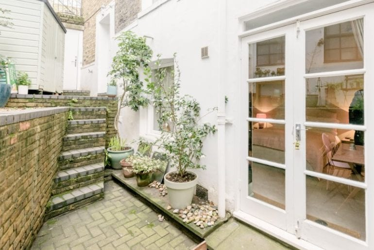 private bedroom with garden terrace camden town airbnb