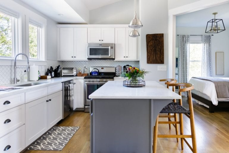 The fully-stocked kitchen is ready for your own culinary creations or for enjoying take-out from any of the fantastic neighborhood eateries.