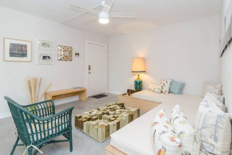 airbnb wynwood apartment with balcony miami
