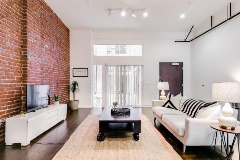 urban industrial airbnb loft in dtla