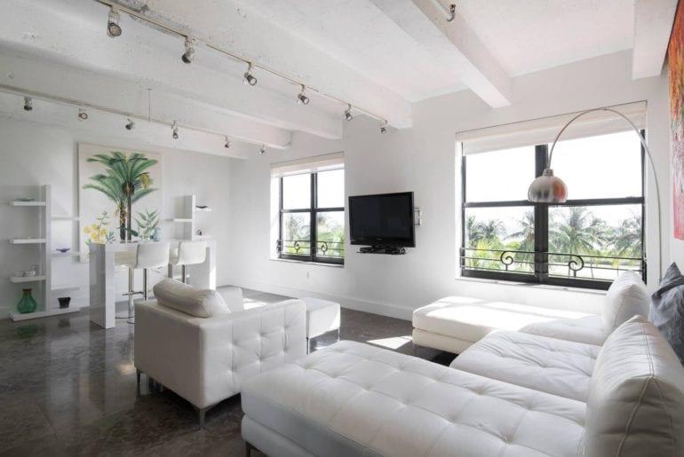 luxury airbnb 2 bed apartment ocean drive miami