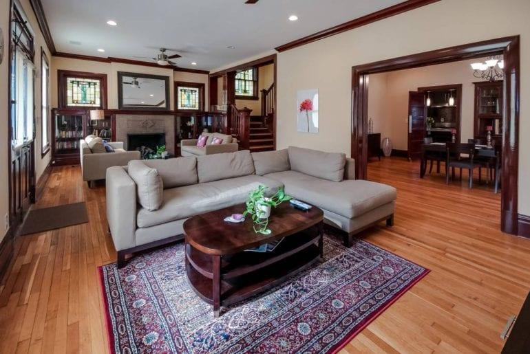mansion st louis airbnb