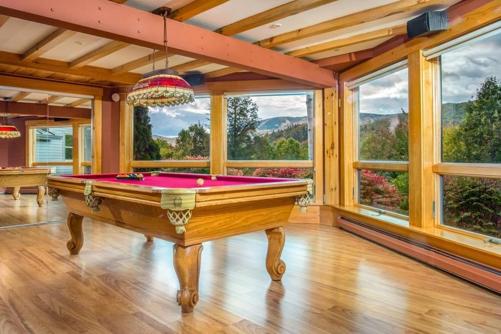 luxury airbnb maine