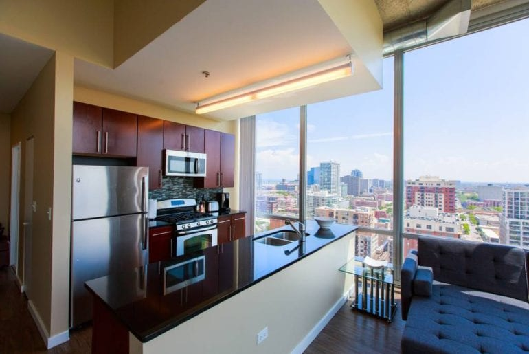 The floor to ceiling windows gives you unparalleled views of all of Chicago.