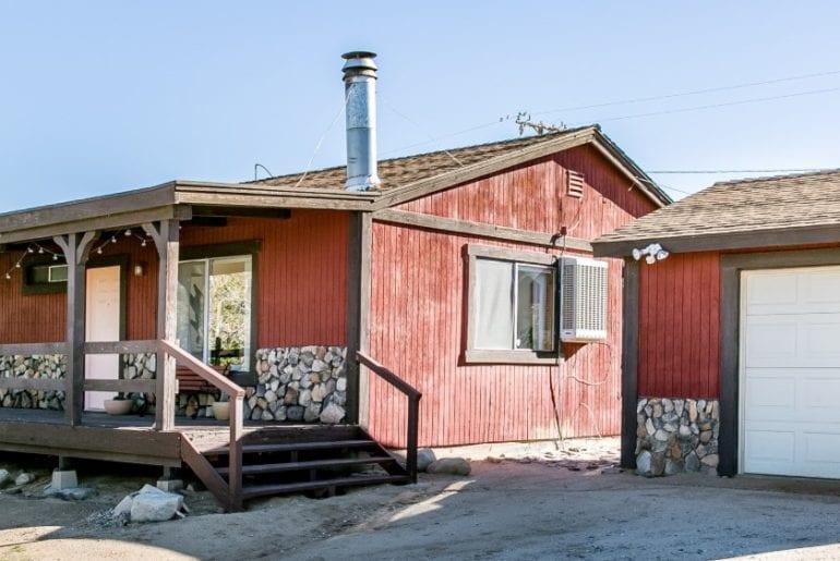 rustic airbnb mojave desert cabin in joshua tree