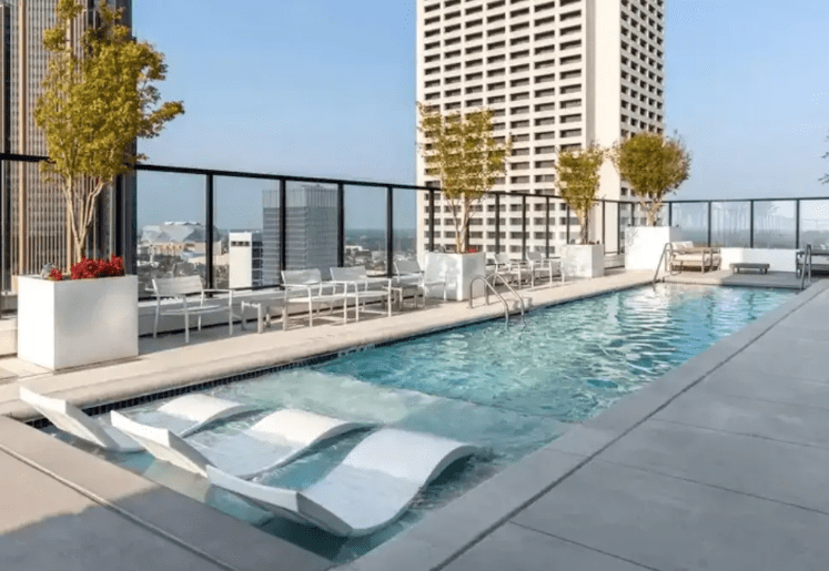 atlanta midtown airbnb apartment