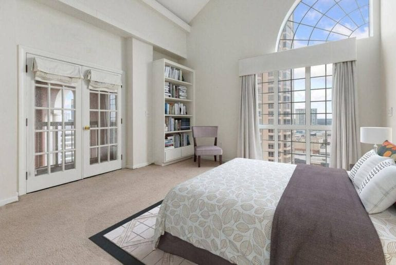 luxury buckhead airbnb home