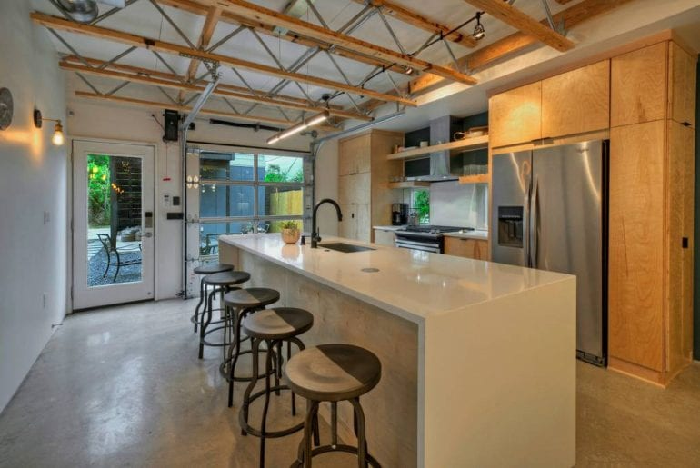 modern luxury airbnb home in downtown austin