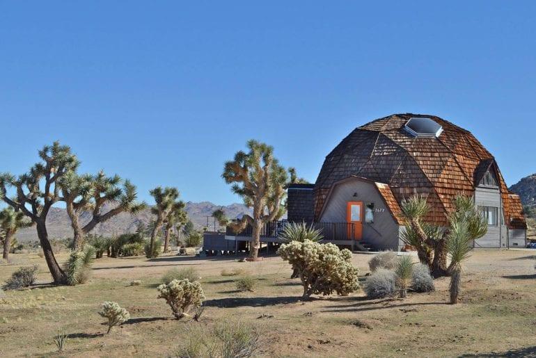 geodesic desert airbnb home in joshua tree