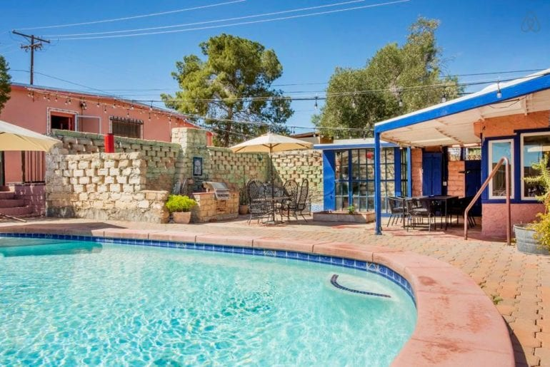 joshua tree airbnb retro home with pool