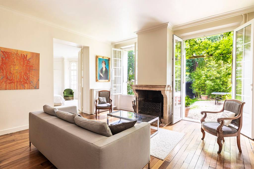 stunning airbnb mansion in bois de boulogne paris