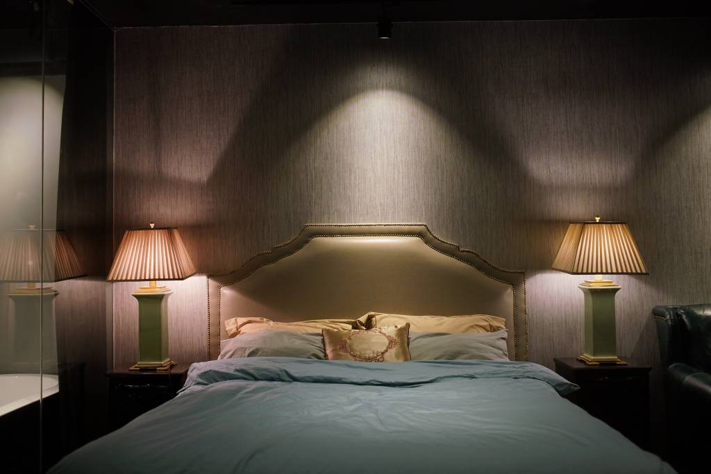 glamorous airbnb apartment in shanghai