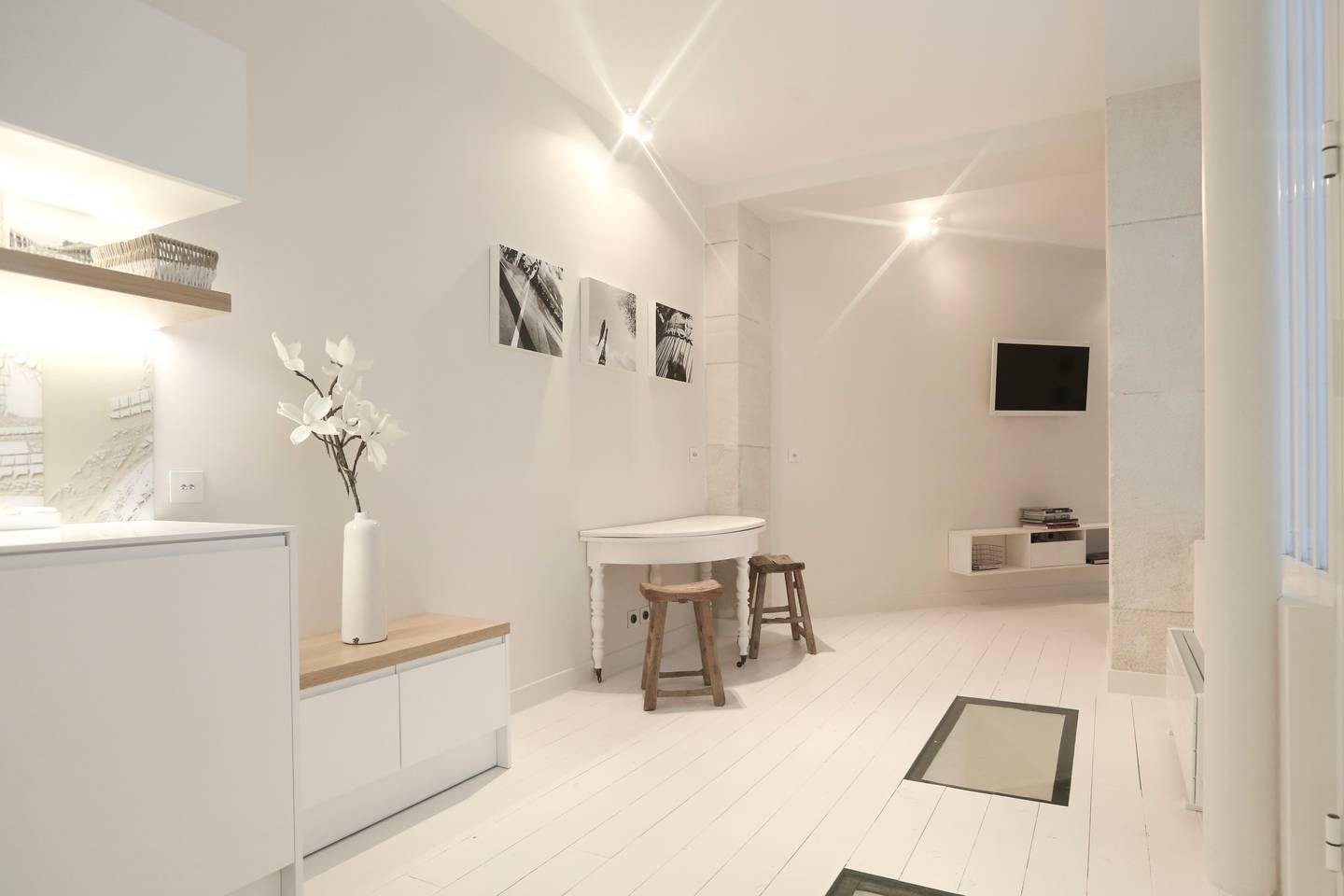 paris airbnb apartment near museums and sacre couer