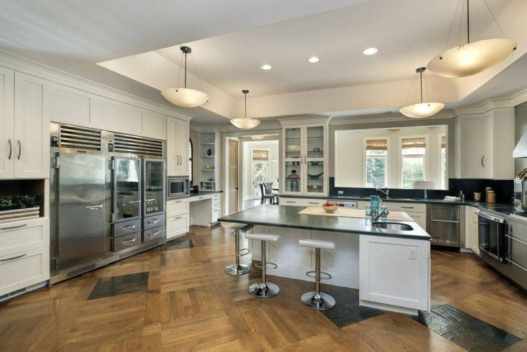 airbnb mansion in northbrook chicago