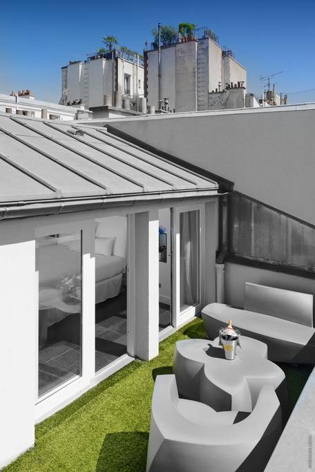 paris airbnb home with rooftop pool