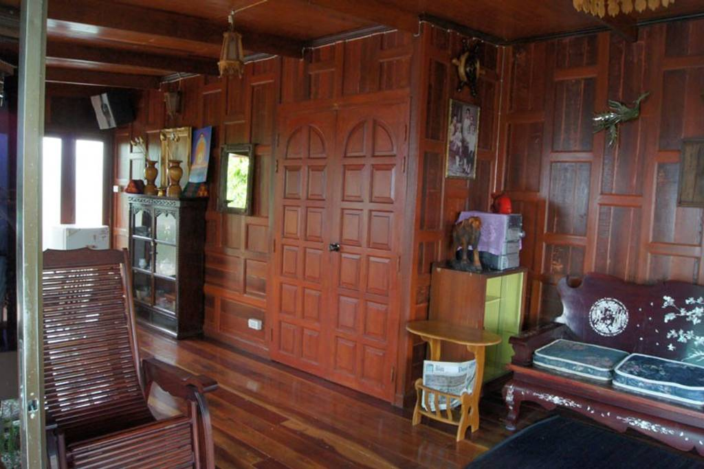 wooden bangkok airbnb home near transportation