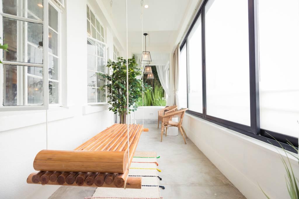 fabulous airbnb shanghai apartment in bund