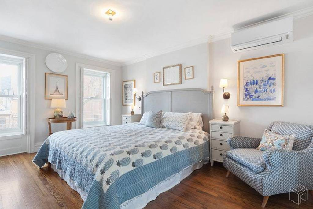 classic airbnb brownstone in slope park new york