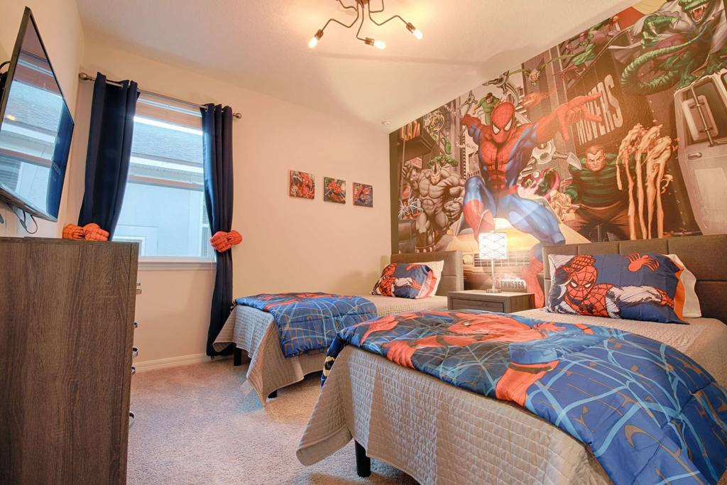 home close to disney with themed rooms