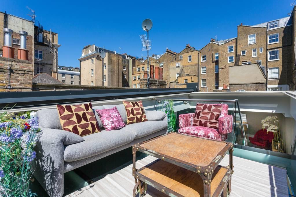 open plan kensington flat from airbnb
