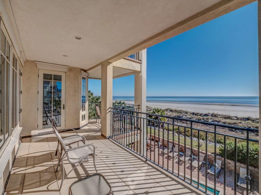 beachfront luxury estate with concierge vrbo hilton head