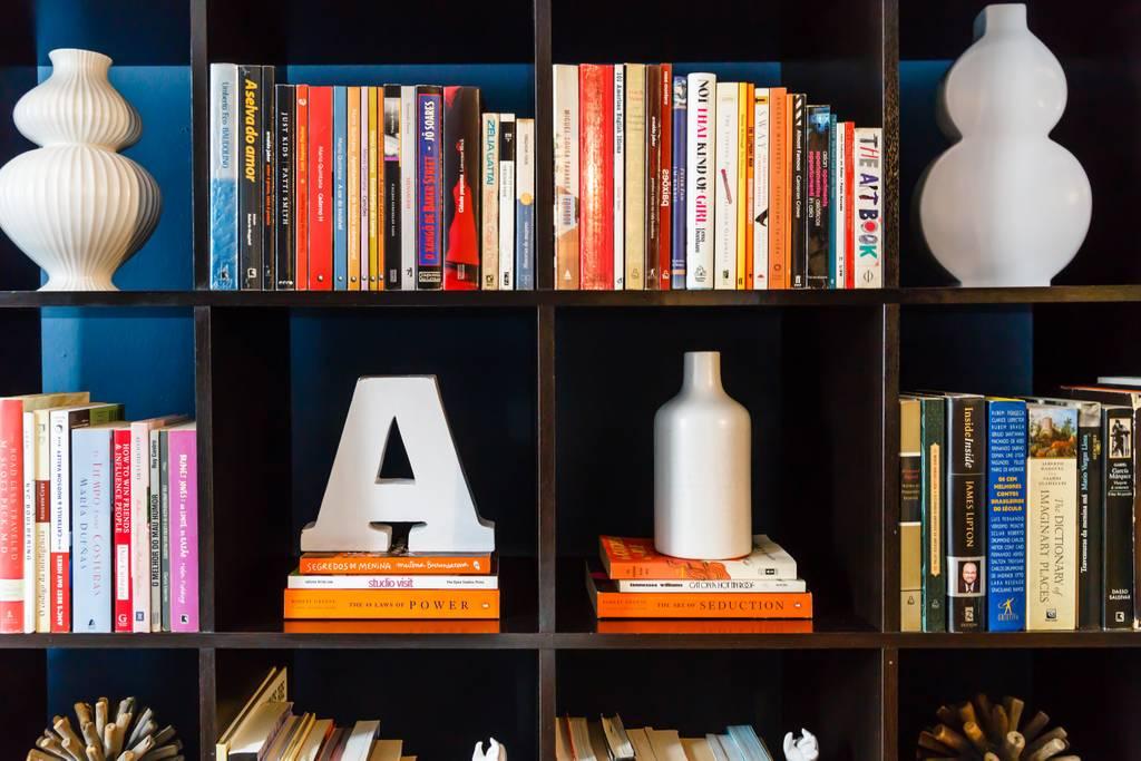 pop art airbnb new york home