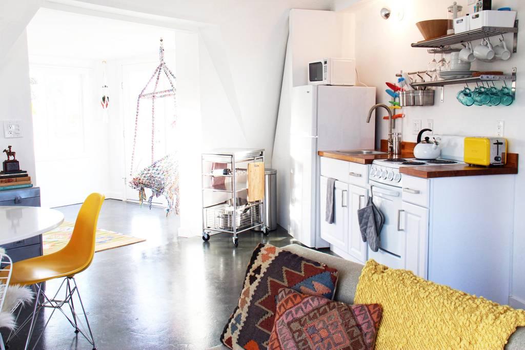 airbnb geodesic desert home close to coachella