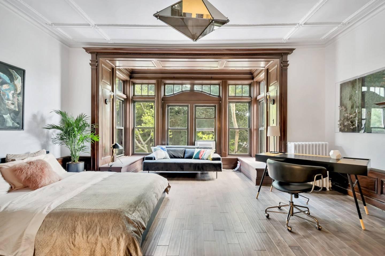 designer new york pad airbnb