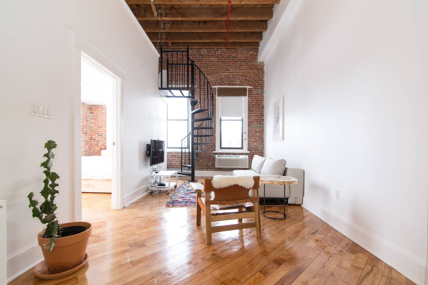 brooklyn urban and trendy airbnb loft space
