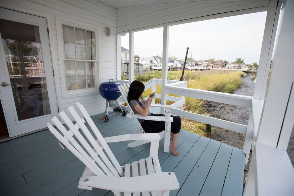 cape cod style home airbnb queens new york