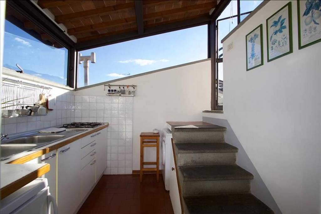 apartment with rooftop terrace with views of duomo