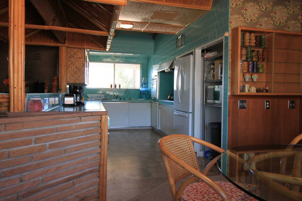 house with tiki bar available for coachella
