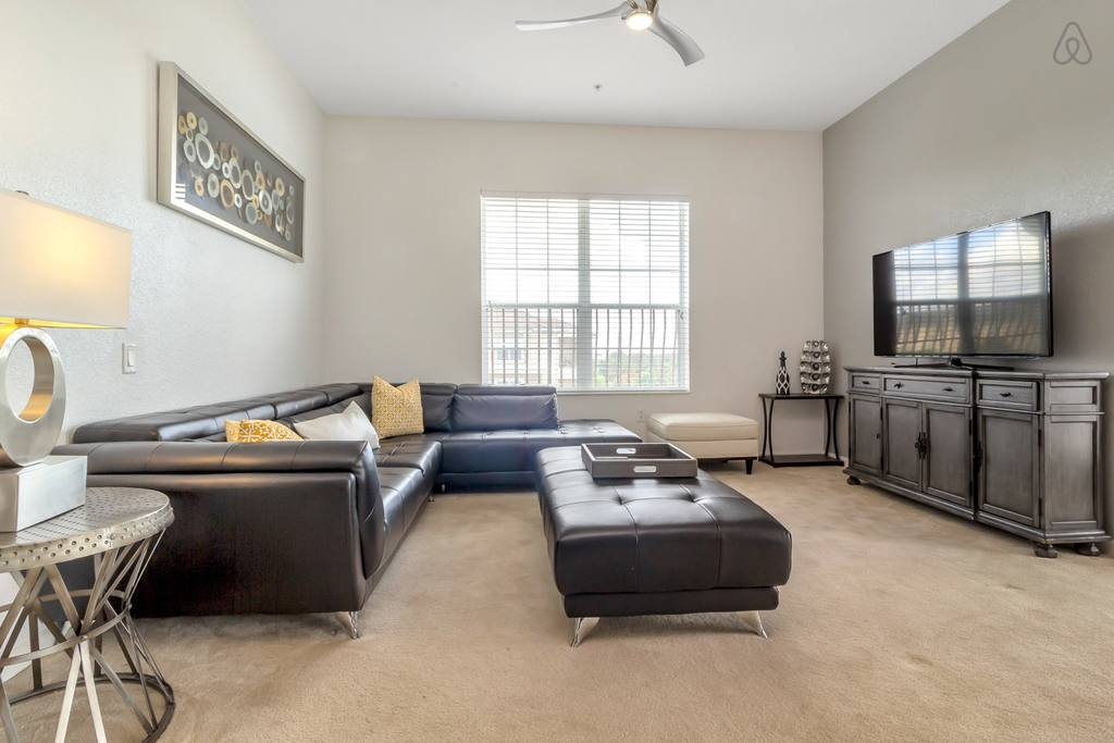 Penthouse Near SeaWorld With Golf Course Views