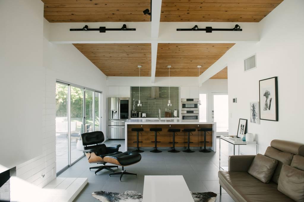 close to coachella mid century modern home